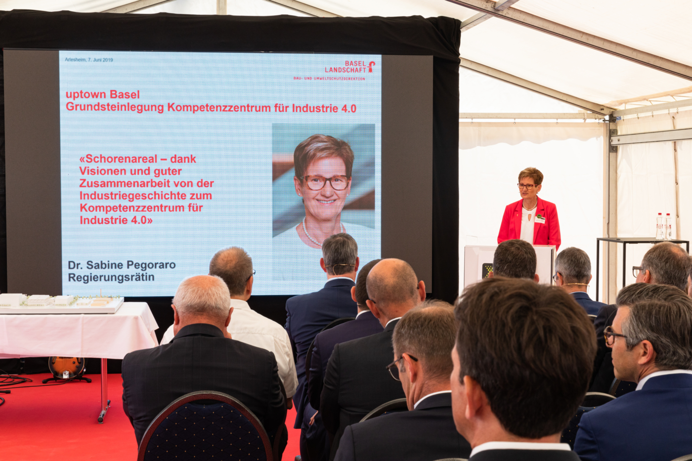 Photos for this media folder, Government Councillor Dr Sabine Pegoraro praises the pioneering spirit of the investors in her opening discourse. © Copyright Sara Barth, Basel  Digitale Medienmappe «Laying the uptownBasel foundation stone: a quantum leap for the industry», uptownBasel