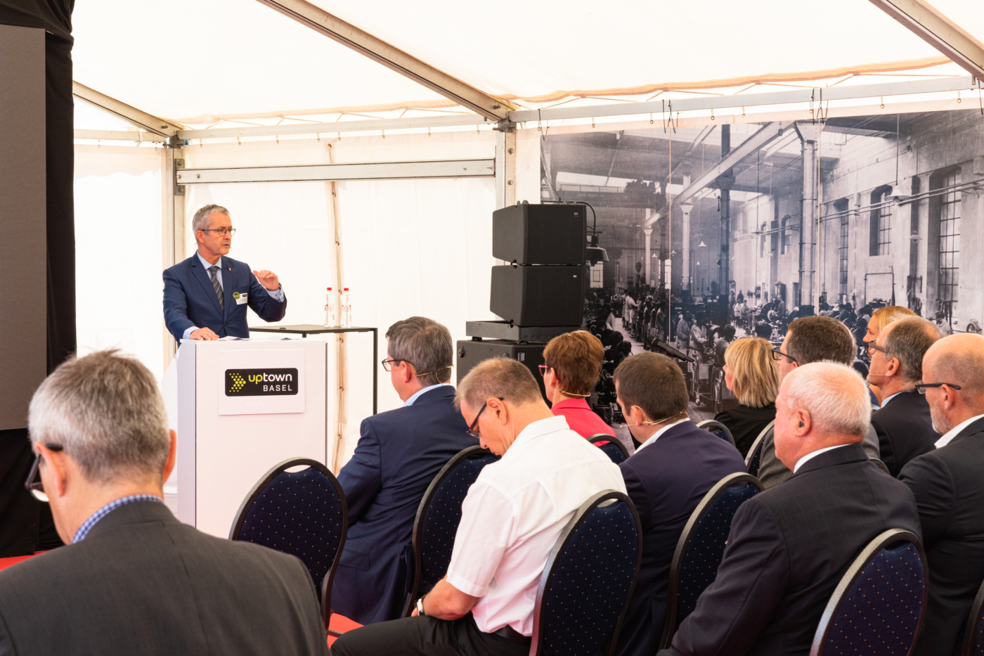 Photos for this media folder, Government Councillor Thomas Weber holds a short talk, referring to the importance of the project for the canton of Basel-Land. © Copyright Sara Barth, Basel  Digitale Medienmappe «Laying the uptownBasel foundation stone: a quantum leap for the industry», uptownBasel
