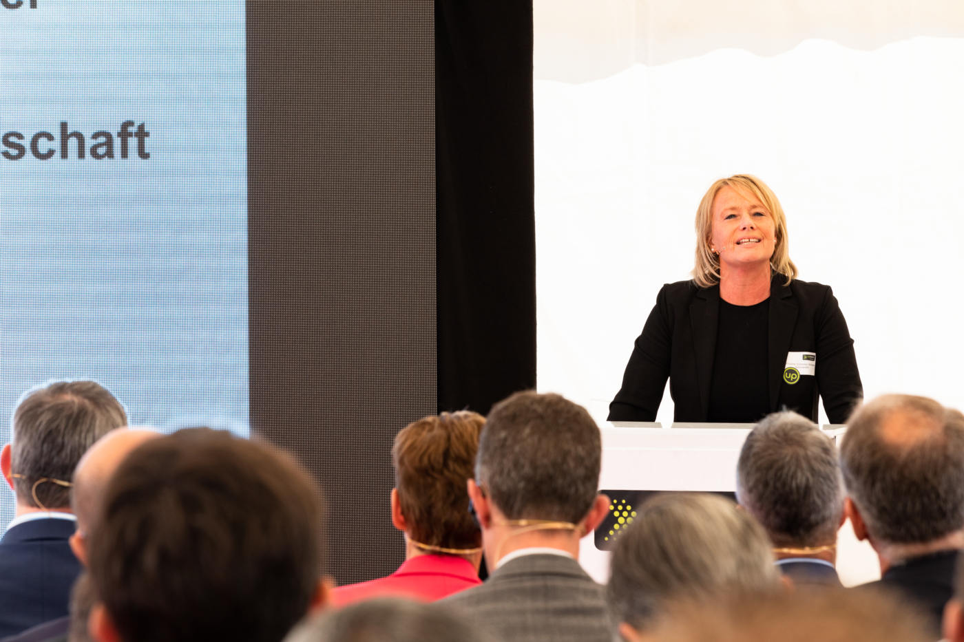 Photos for this media folder, National Councillor Elisabeth Schneider-Schneiter emphasises the importance of the project at a national level. © Copyright Sara Barth, Basel  Digitale Medienmappe «Laying the uptownBasel foundation stone: a quantum leap for the industry», uptownBasel